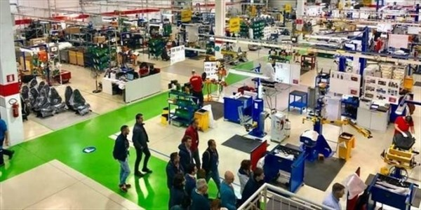Alberto Azario - L'importanza di aprire le porte delle imprese ai cittadini