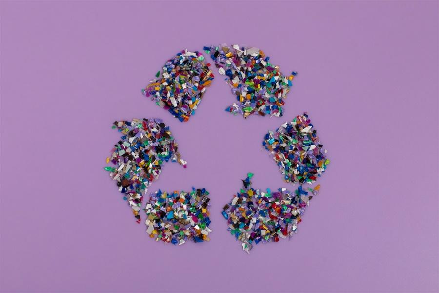 Alberto Azario - Plastica materia prima per strade e carburanti di domani